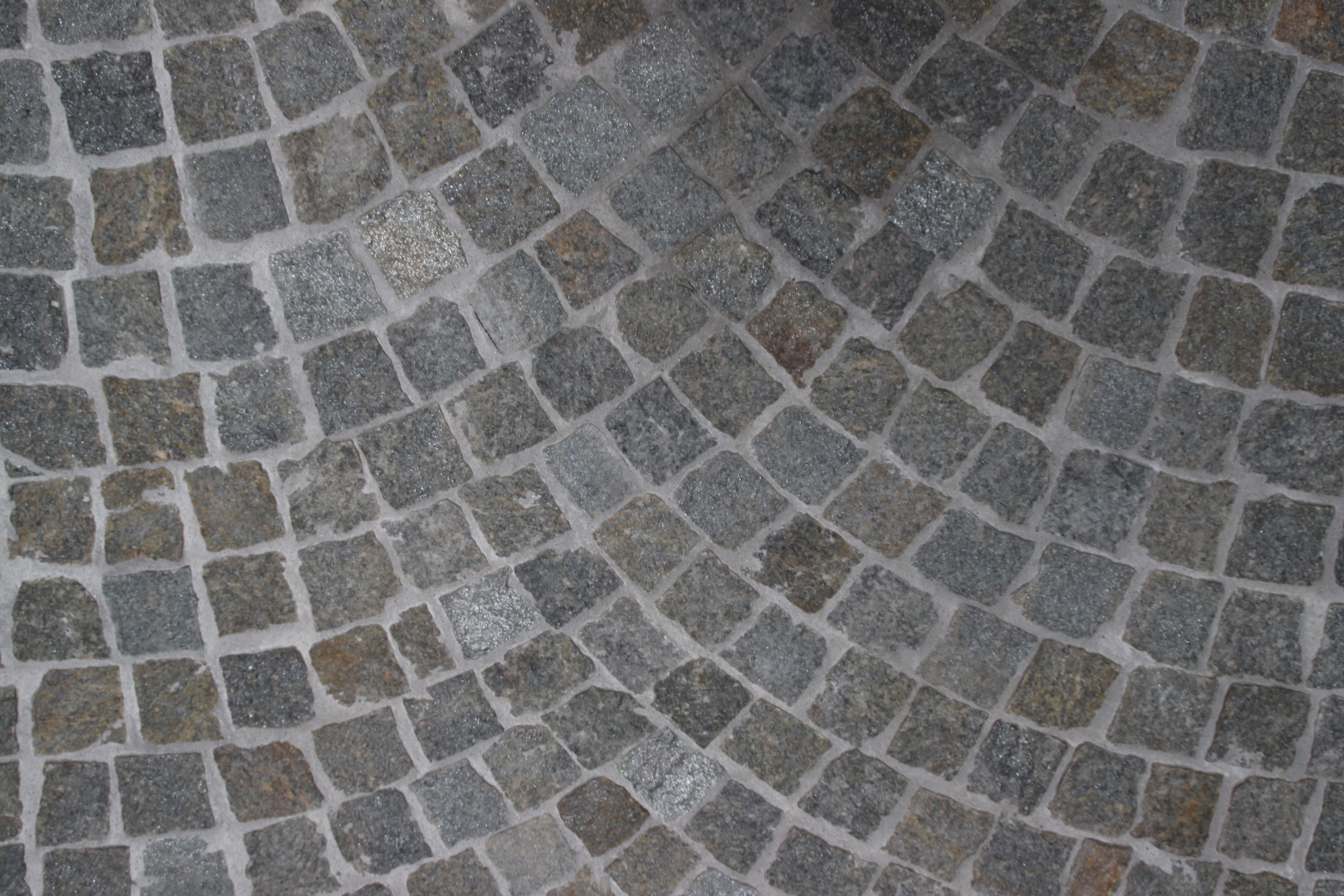 Pavimento esterno pietra luserna: piastrella da interno esterno